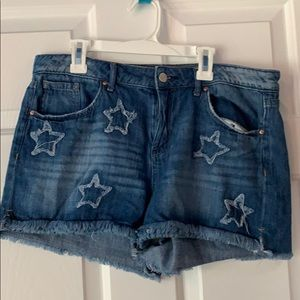 Jessica Simpson Jean shorts with stars